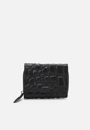 PABLITA - Wallet - black