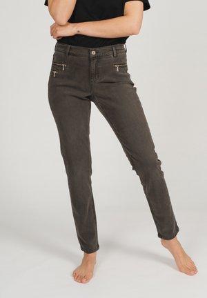 MIT SCHMUCKSTEINEN - Slim fit jeans - dunkelbraun