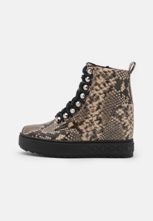 FYRE - Ankle boots - natu