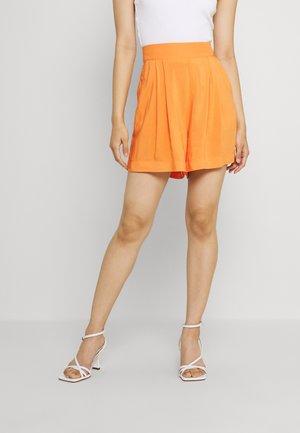 FARAH - Shorts - apricot