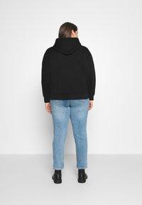 Calvin Klein Jeans Plus - PLUS MICRO BRANDING HOODIE - Hoodie - black - 2