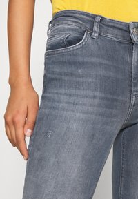 ONLY - ONLBLUSH LIFE  - Jeans Skinny Fit - special blue grey denim - 4
