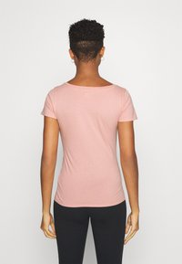 Hollister Co. - Print T-shirt - white/pastel green/mellow rose