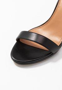 Pura Lopez - Sandales à talons hauts - black - 2