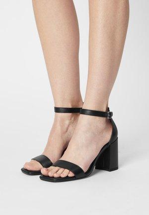 BASIC - Sandaler - black