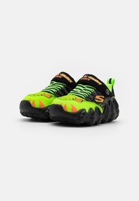 Skechers - SKECH-O-SAURUS LIGHTS - Tenisky - black/lime/orange - 1