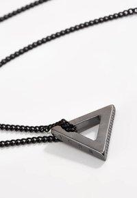 Icon Brand - POINT NECKLACE - Náhrdelník - black - 3