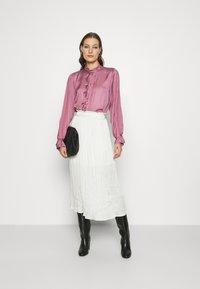Fabienne Chapot - MIMI BLOUSE - Skjorte - dirty pink - 1