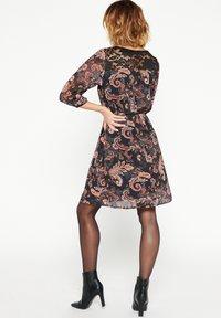 LolaLiza - Day dress - rust - 2
