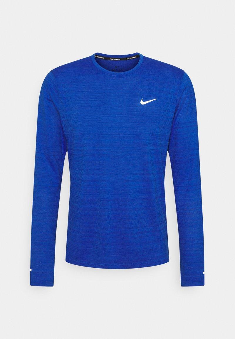 Nike Performance - MILER - Sports shirt - game royal/silver