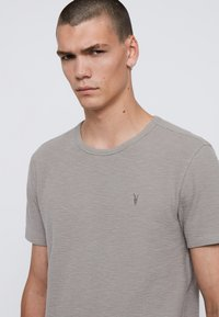 AllSaints - MUSE - Basic T-shirt - grey - 4