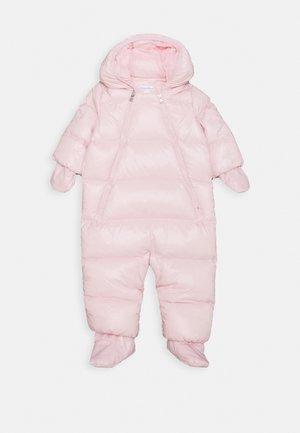 SNOWSUIT OUTERWEAR BUNTING - Lyžařská kombinéza - hint of pink