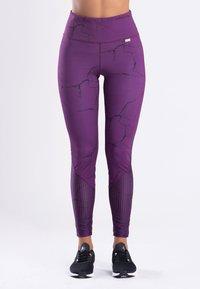 Zoe Leggings - MARBLE  - Trikoot - purple - 0