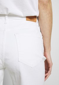 Marc O'Polo - Denim shorts - white - 3