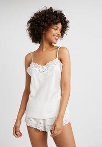 Lauren Ralph Lauren - CAMI TAP PANT SET - Pyjama set - ivory - 1