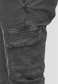 INDICODE JEANS - AUGUST - Cargo trousers - raven - 3