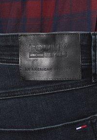 Tommy Jeans - SLIM TAPERED STEVE COBCO - Slim fit -farkut - cobble black comfort - 5