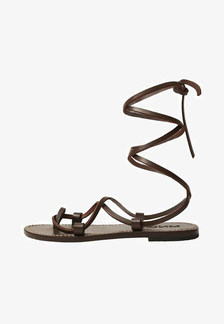 Mango - T-bar sandals - schokolade