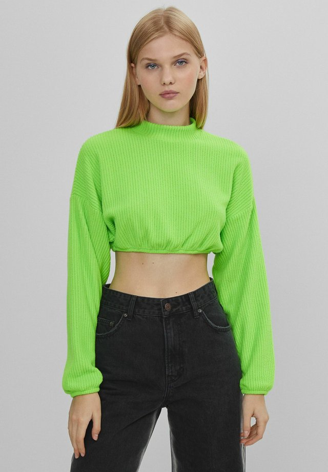 MIT PATENTMUSTER UND GUMMIZUG  - T-shirt à manches longues - green