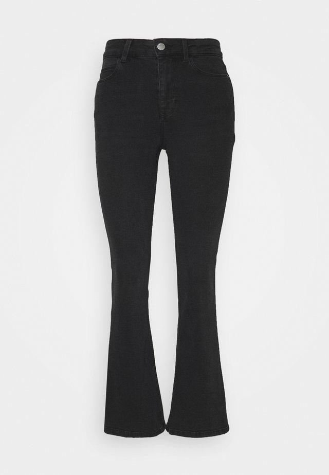 JDYNEWFLORA LIFE HIGH - Flared Jeans - dark grey denim