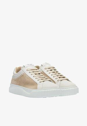 LIPARI - Trainers - white-beige
