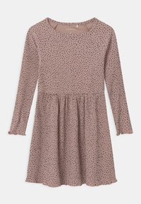 Name it - Pletené šaty - adobe rose - 0