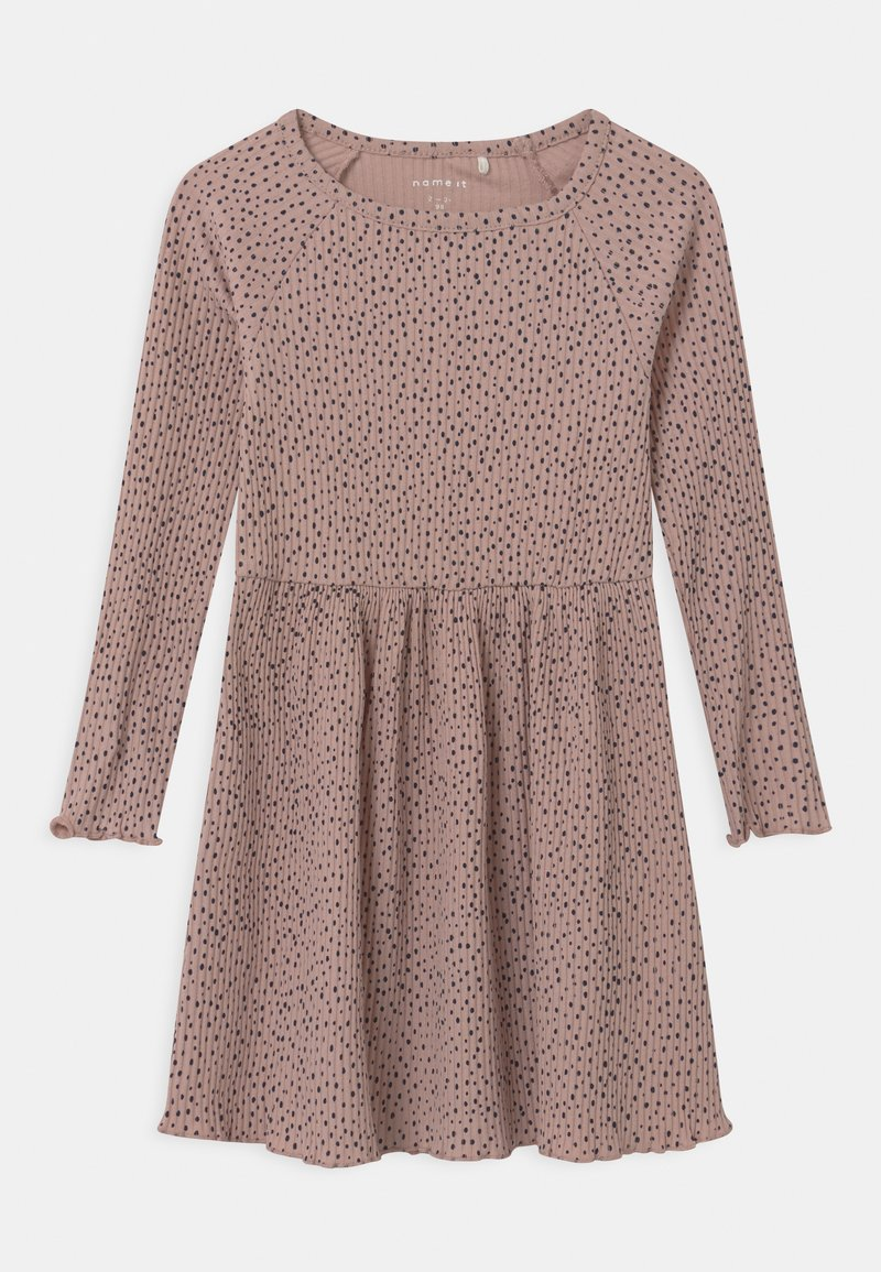 Name it - Pletené šaty - adobe rose