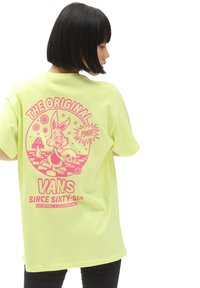 Vans - WM LOST IN OS S/S - Print T-shirt - sunny lime - 1