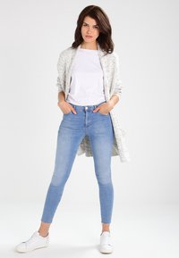 Urban Classics - OVERSIZED  - Cardigan - white/grey - 1