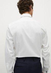 Mango - MASNOU - Camicia elegante - weiß - 2