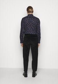 PS Paul Smith - MENS DOUBLE POCKET  - Trousers - black - 2