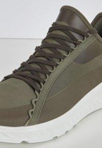 ECCO - Sneakers - tarmac/grape leaf - 5