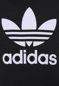 adidas Originals - TREFOIL HOODY ORIGINALS ADICOLOR SWEATSHIRT HOODIE - Luvtröja - black/white - 6