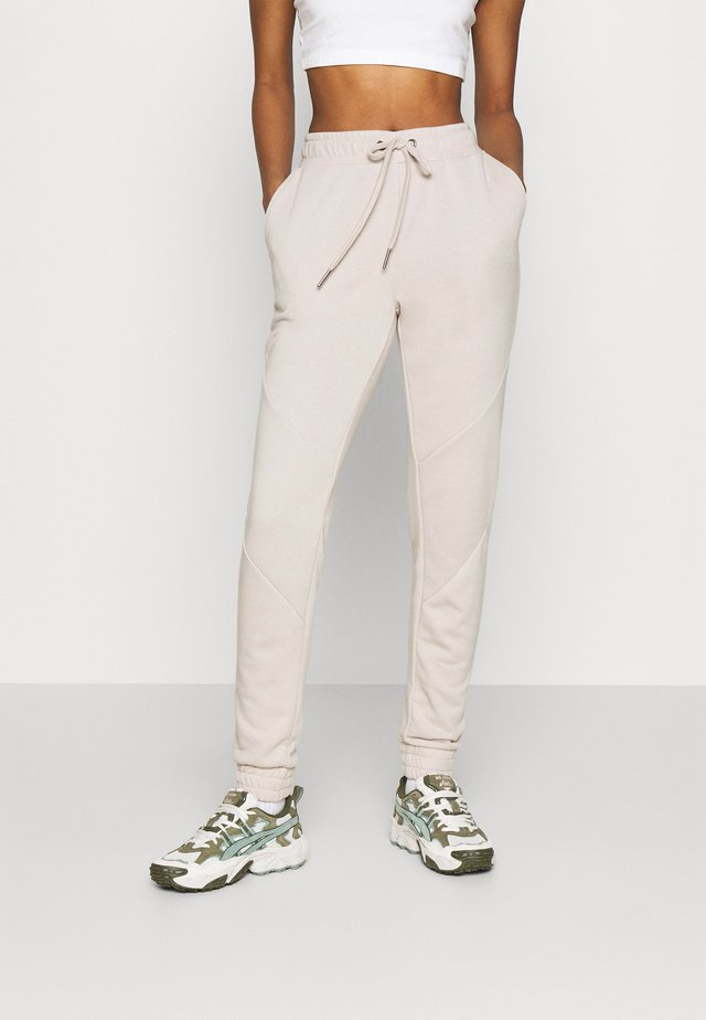 NMMISA PANTS - Tracksuit bottoms - chateau gray