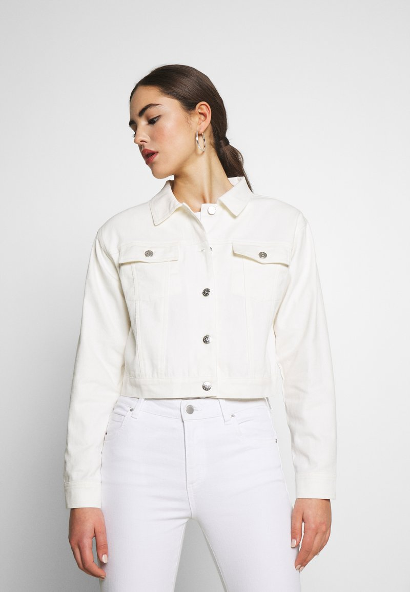 Nly by Nelly - CROPPED TRUCKER JACKET - Denim jacket - white