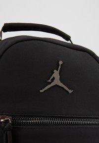 Jordan - COLLAB PACK - Plecak - black - 7