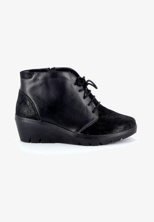 RAHI - Sneakers hoog - black