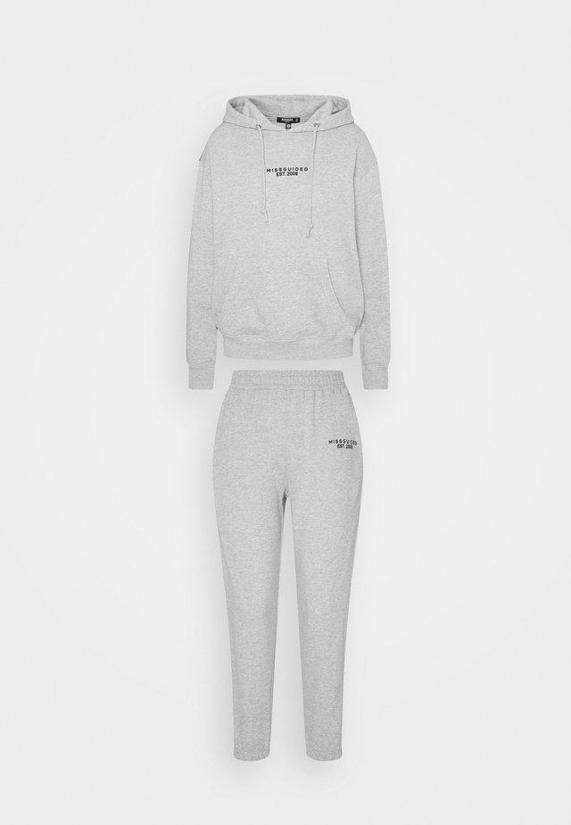 COORD HOODY JOGGER SET - Bluza z kapturem - grey