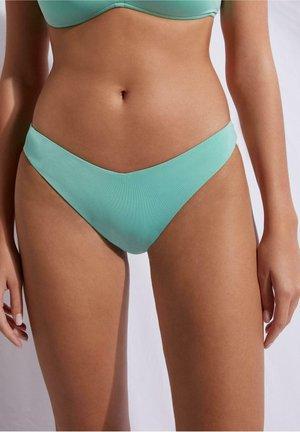 MIT HOHEM BEINAUSSCHNITT INDONESIA ECO - Bikini bottoms - ice mint