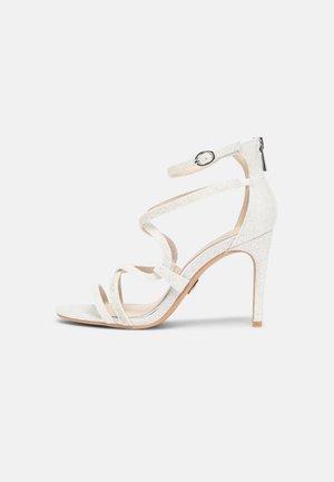 YVONNE - Sandals - white