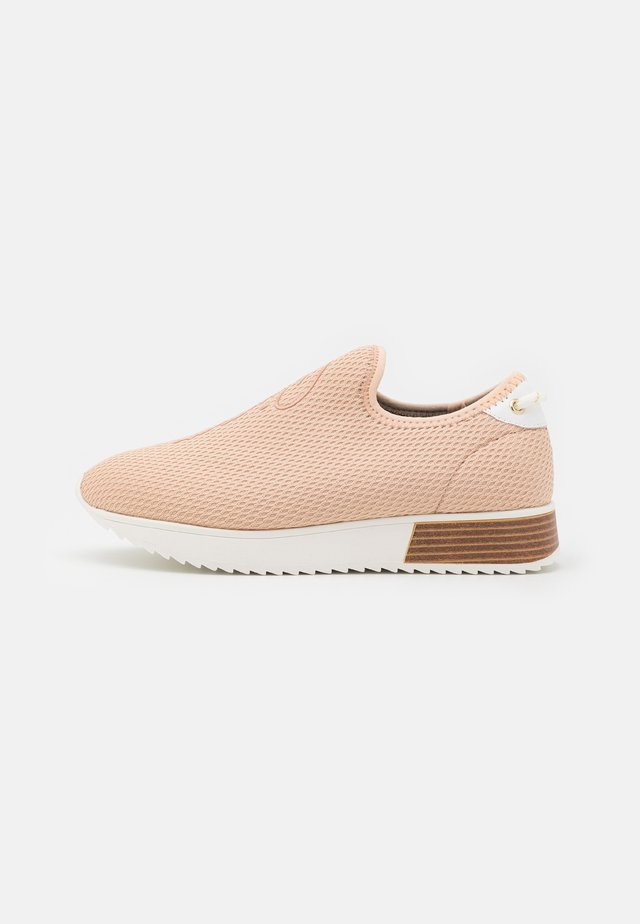 Sneakers laag - pink/light