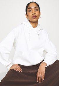 adidas Originals - HOODIE  - Sweatshirt - offwhite - 3