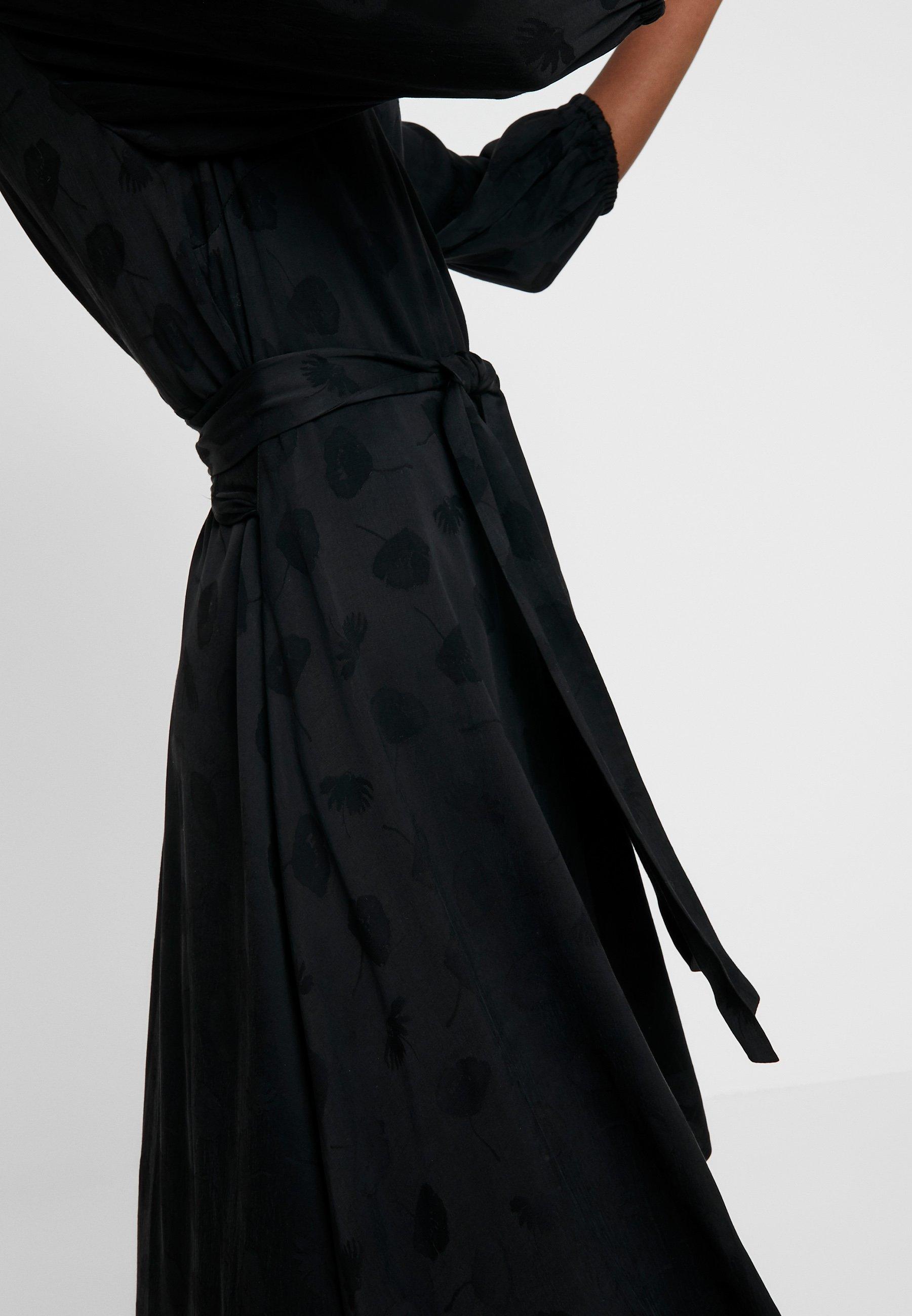 VENETA DRESS Korte jurk black