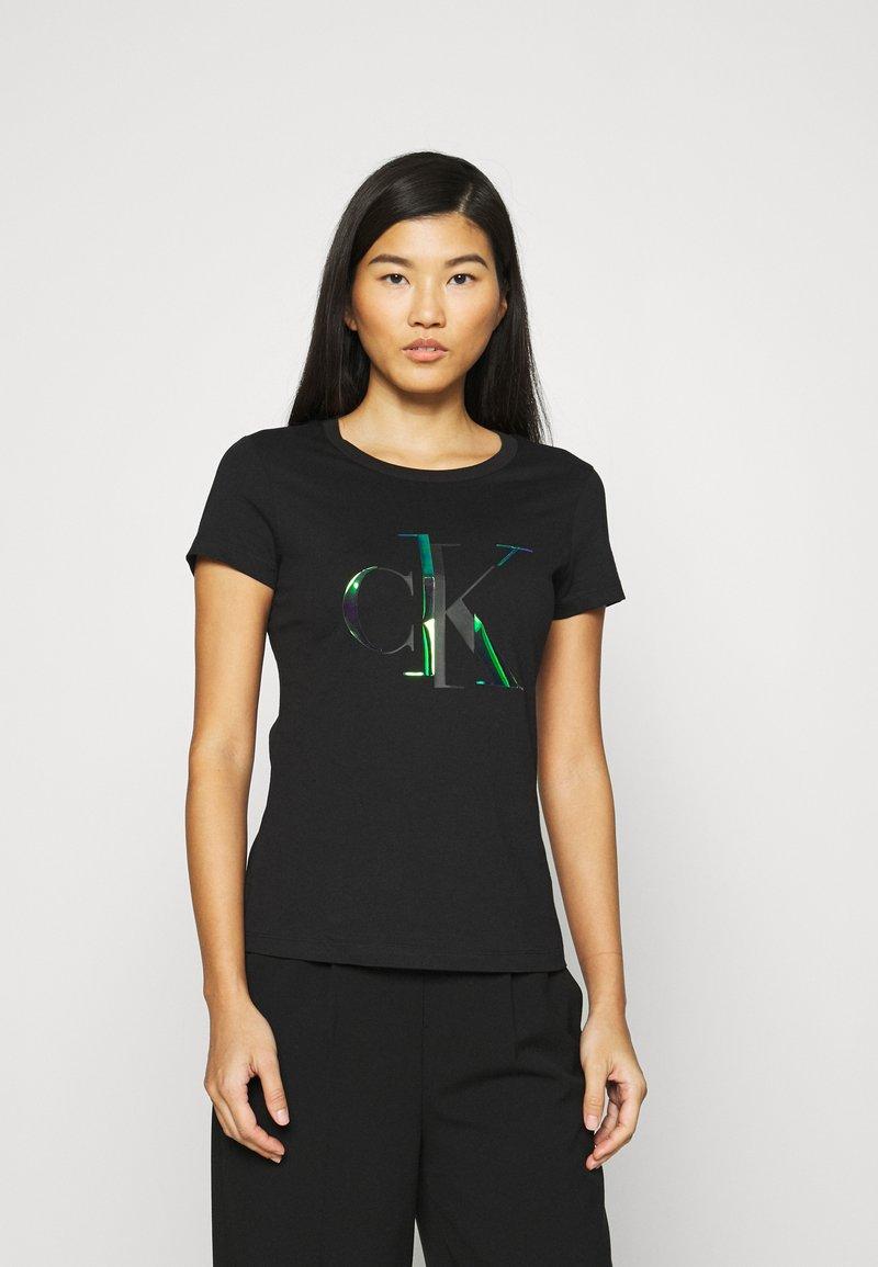 Calvin Klein Jeans - DISTORTED IRIDESCENT TEE - Print T-shirt - black