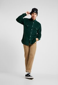 Levi's® - OVERSIZED WORKER - Camisa - pine grove - 1