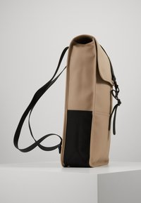 Rains - BACKPACK - Batoh - beige - 3