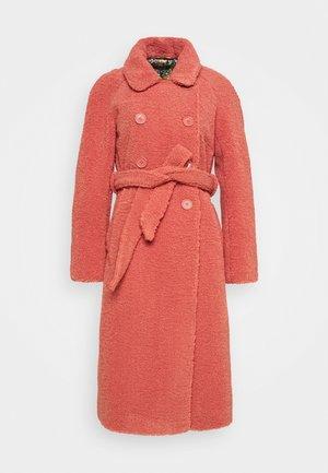 EDITH COAT MURPHY - Classic coat - velvet pink