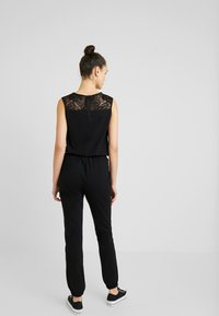 Urban Classics - LADIES BLOCK - Jumpsuit - black - 2