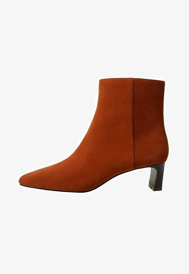 LARA - Ankle boot - vermillion