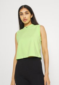Nike Sportswear - WASH  - Top - ghost green/black - 1